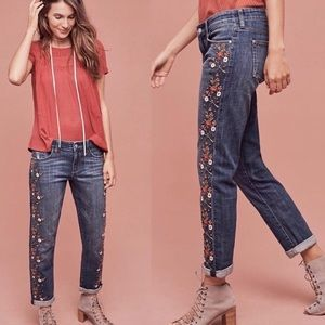 NWOT Anthro Pilcro Embroidered Floral Hyphen Jean